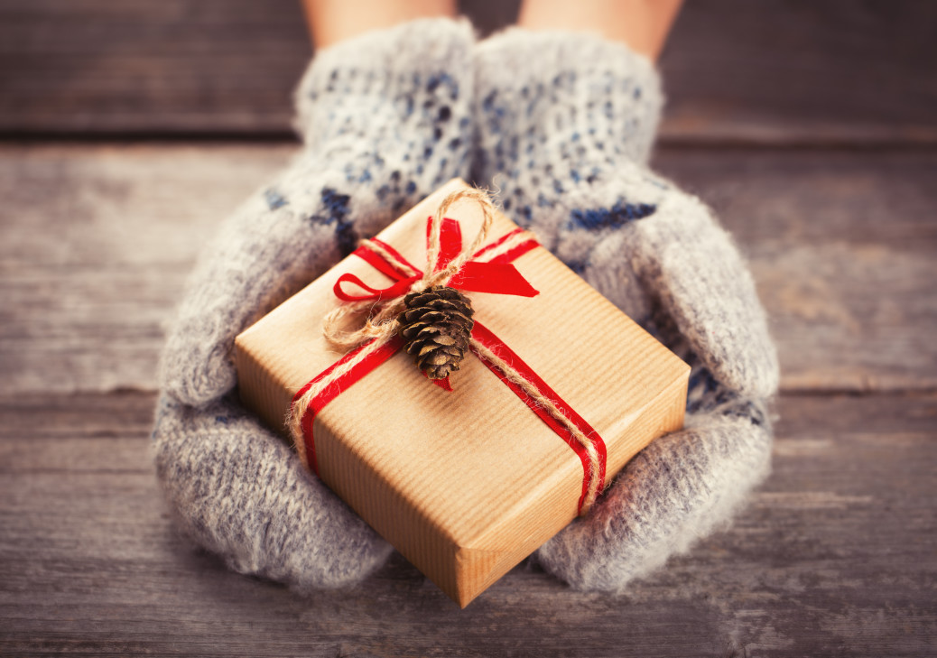 5 Stunning Christmas Gifts for Her | Noble Portrait